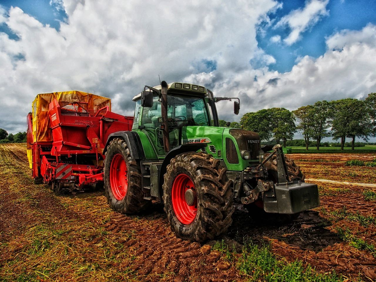 tractor-385681_1280